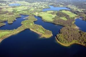 Участок на берегу озера Язинка